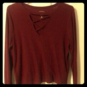 Hollister wine red top